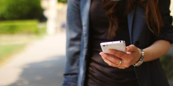 Faltbare Smartphone Displays? Leistung und Akku sind wichtiger