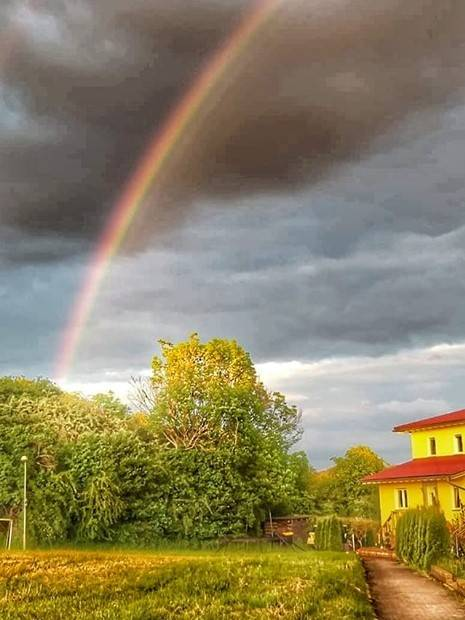 Regenbogen in Wetzlar. Aufgenommen mit Samsung Smartphone und bearbeitet mit Snapseed. HDR Effekt. Bild Andreas Rabe